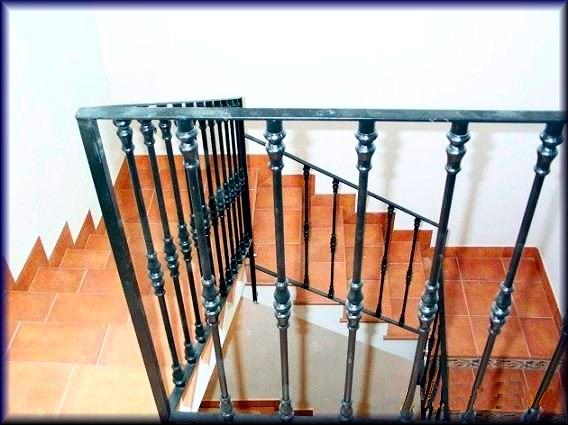 Herreria vilfor galeria de trabajos - Barandas de forja para escaleras ...