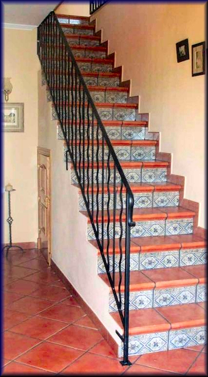 1000 images about escaleras on pinterest for Modelos escaleras interiores