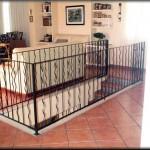 Barandillas escaleras construido con barrotes combinadas de culebrines y bastones lisos         En este modelo de barandilla, pueden ir rematado con una cenefa