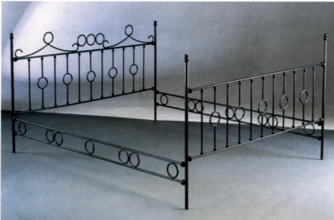 Herreria vilfor galeria de trabajos for Puertas madera y hierro forjado