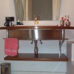 Soporte lavabo en inox con frontal de chapa